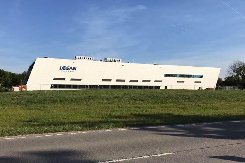 Einweihung des neuen Produktionsgebäudes in Eschbach