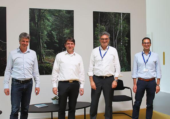 Besuch des IHK-Geschäftsführers Salomon bei Losan Pharma in Eschbachharma